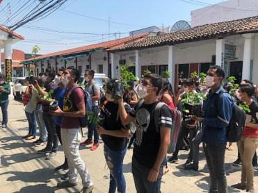 Plantinazo fuera del INRA - Protesta por los incendios en Bolivia