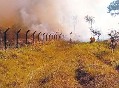 Incendio en Valle Sánchez - Foto: Gobernación de Santa Cruz